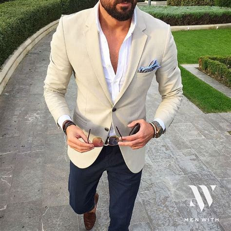 menwithclass: Great photo of our friend @tufanir #