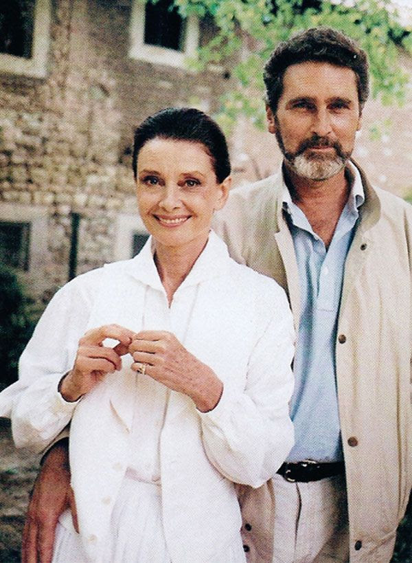 """Audrey Hepburn & Robert Wolders  First meeting in 1980 at a dinner party held by a mutual friend, Robert (or Robbie as Audrey so fondly called him) was suffering after the recent death of his wife, and Audrey, by her own account, was 'not in a happy place'. They immediately bonded, and realised remarkably, how much they had in common.   His words....""""We met at a time when we each had gone through trials, but we knew exactly what we wanted—togetherness.""""  (via This is Glamorous)"""