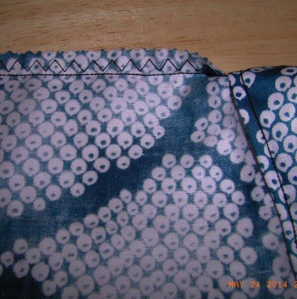 袋のうら縫い目