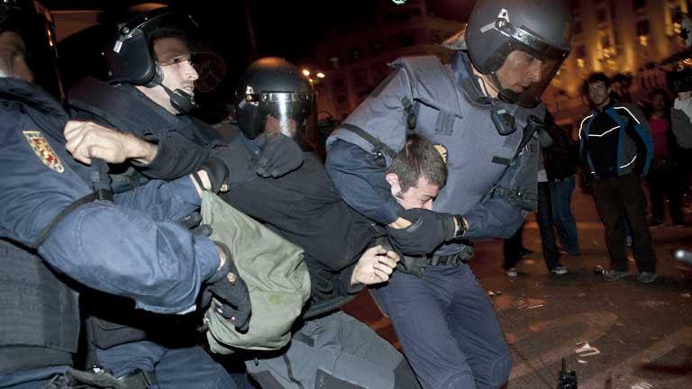 Las protestas del 25-S terminaron con 62 heridos, de ellos 27 policías, y 35 detenidos