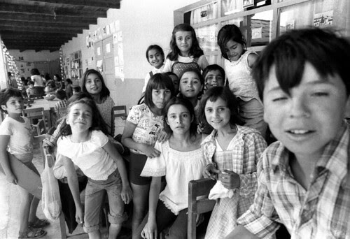 Summer school for poor kids, Santiago, 1979, mmScan-111022-0023