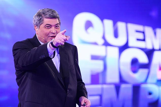 O apresentador José Luiz Datena, durante as gravações de um programa de TV