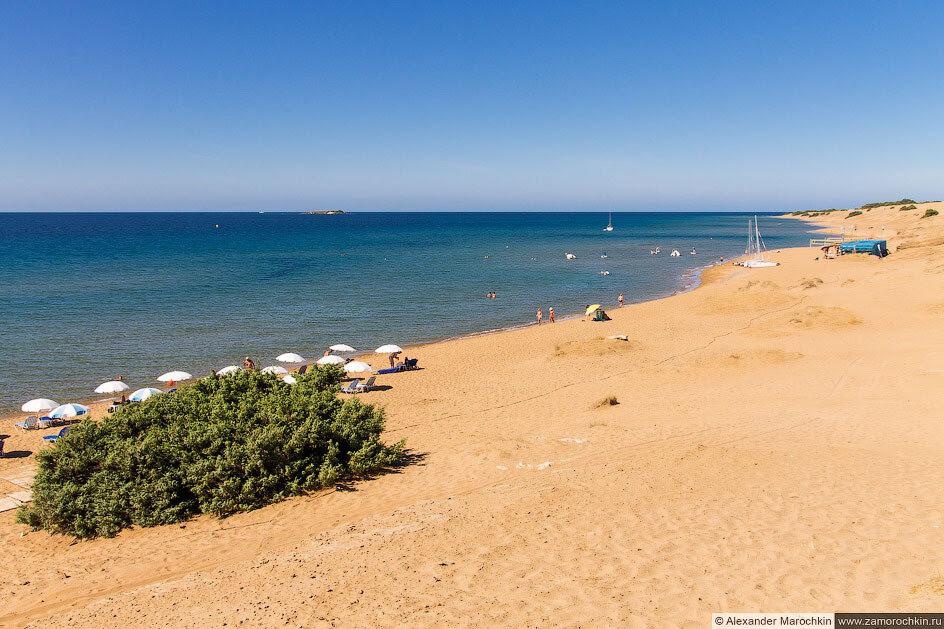 Пляж Иссос (Корфу)