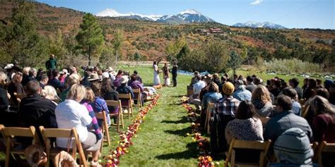 whispering oaks ranch weddings  prices  wedding
