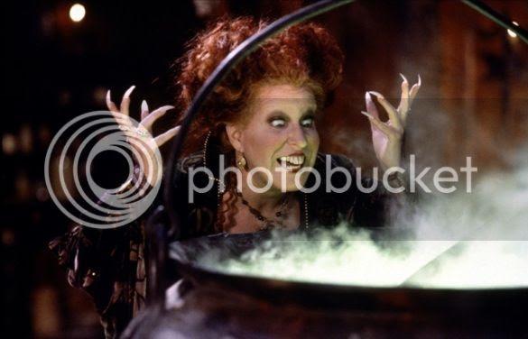 Bette Midler in 'Hocus Pocus' photo bette-midler-hocus-pocus-1993_zps53317ba7.jpg