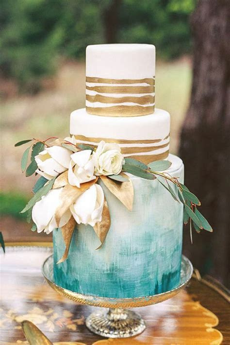 17 Best ideas about Vintage Wedding Cakes on Pinterest