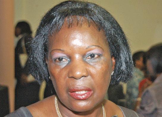 Alice Mabota avança mesmo com a candidatura presidencial