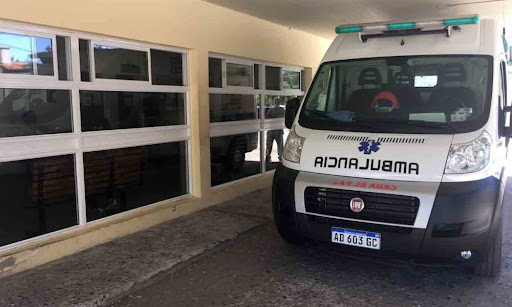 ROCA: Encontraron a un hombre desvanecido en su auto: Falleció en el Hospital