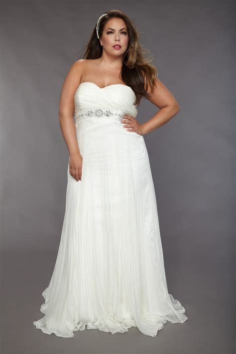 Wedding Trend Ideas: Plus Size Beach Wedding Dresses