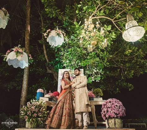 Must Have Photobooth Ideas for your Wedding, Mehendi, Pool