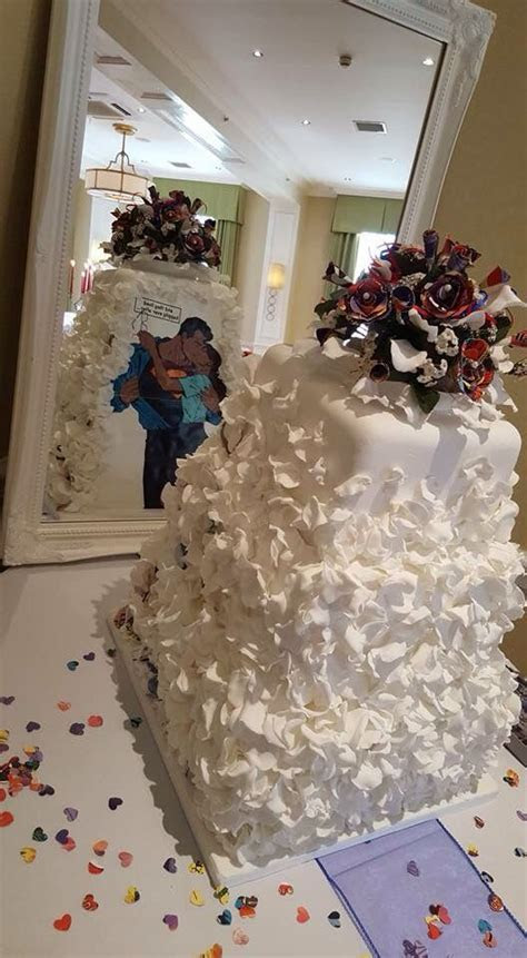 Best 20  Superman Wedding Cake ideas on Pinterest