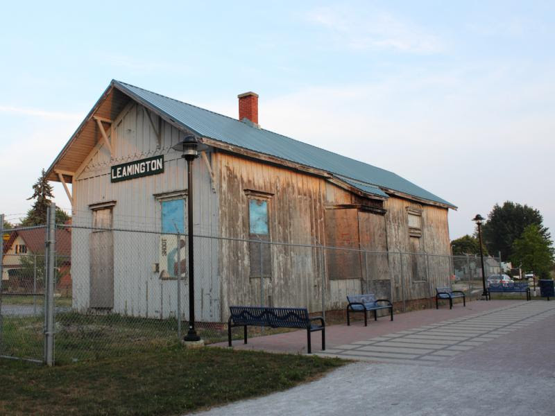 Leamington station