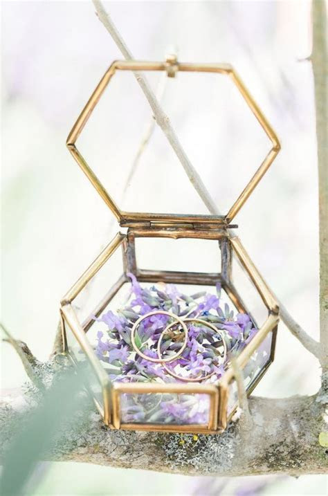 25  best ideas about Wedding ring box on Pinterest   Ring