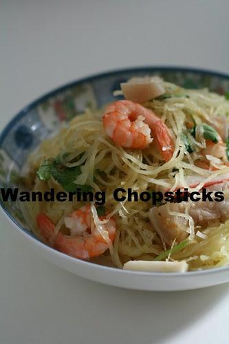 Goi Bi Soi Tom Thit Heo (Vietnamese Spaghetti Squash Salad with Shrimp and Pork) 2