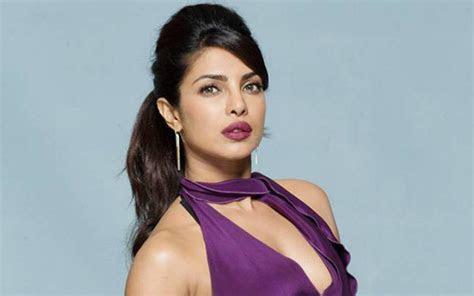 hindi actress check   tops  top  list