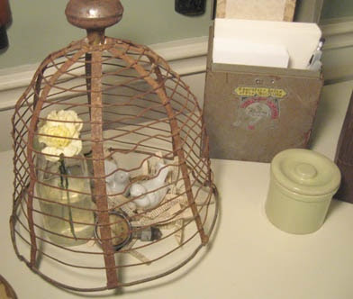old basket & doorknob=cloche