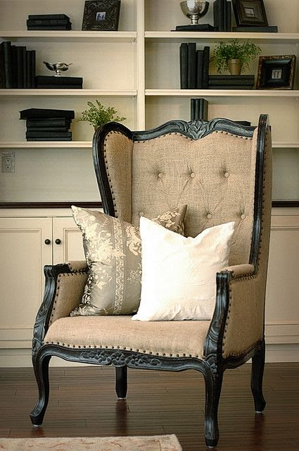 Favorite Chair from Friday Favorites | www.andersonandgrant.com