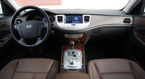 2011 Hyundai Genesis Sedan interior