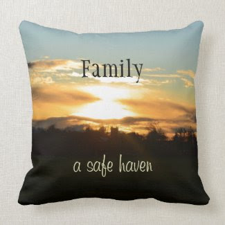 Family Quote Throw Pillow; American Mojo mojo_throwpillow
