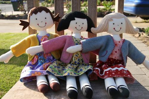 Kinder Girls