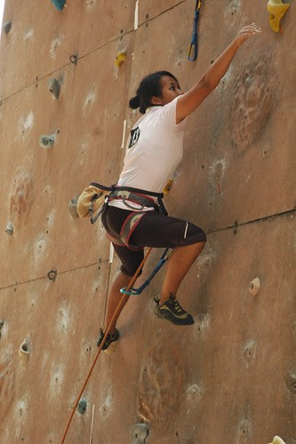 17th_South_Zone_Sports_Climbing_Competition_Junior_Girls_In_Action1