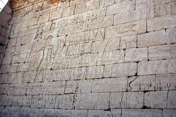 Anvient_egypt_battles_Ramesses_warrior