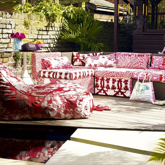 6-top-10-ideas-for-modern-pink-garden-Vibrant-outdoor-entertaining ...