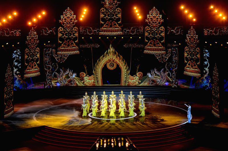 http://www.prokerala.com/news/photos/china-beijing-bjiff-opening-ceremony-230386.html