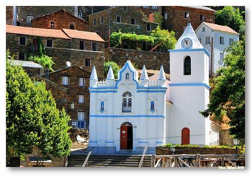 Igreja Matriz do Piódão by VRfoto
