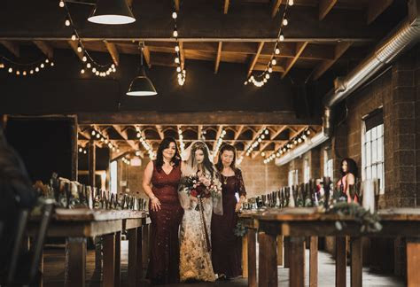 Smoky Hollow Studio Wedding, El Segundo ? Isaiah   Taylor