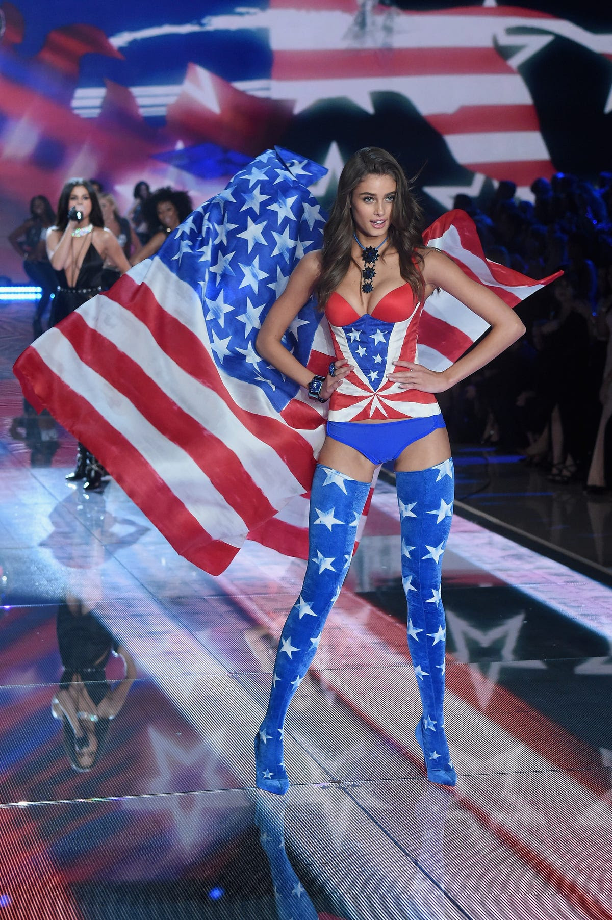 Victoria's Secret youngest model, Taylor Hill (she's just 19!), showed off her American spirit.
