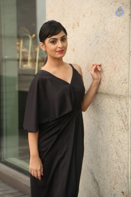 Pooja New Stills - 12 of 35