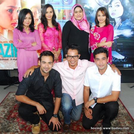 Barisan Pelakon Bukan Bidadari Bersama Pengarah Faizal Ishak & Penulis Skrip Zuliana Ismail