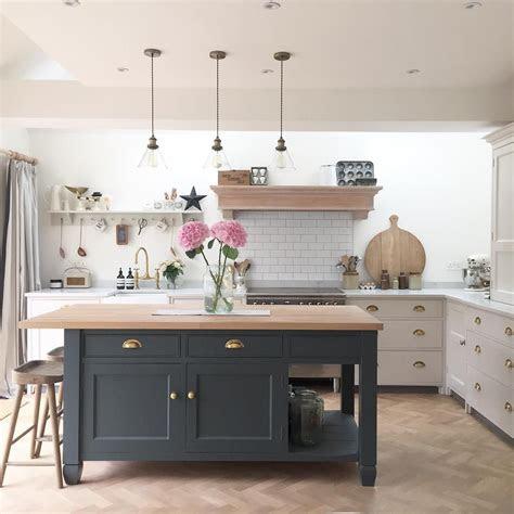 pin  sara waugh  kitchen interior design kitchen