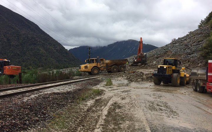 The New Zealand Transport Agency said the most significant slip was just east of Aitkens, where about 20,000 cubic metres of debris was covering the road.