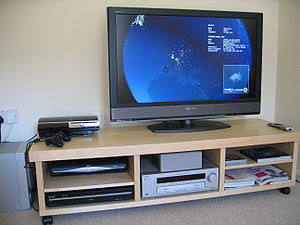 Home cinema setup Sony KDL-40W2000 LCD TV. Ful...