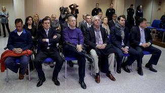 """Els investigats pel """"cas Nóos"""", al banc dels acusats"""