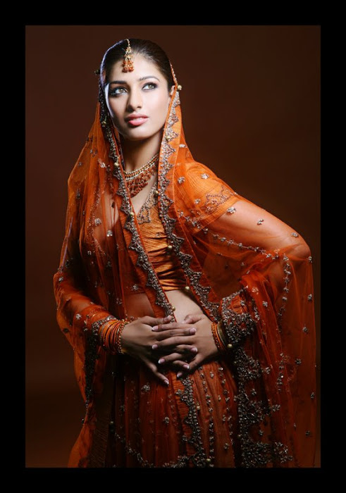 divya bhandari hot stills 16 Divya Bhandari Hot Stills