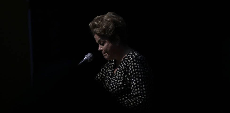 Dilma Rousseff participa en una conferencia sobre políticas para las mujeres el martes 10 de mayo de 2016
