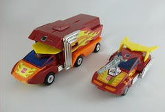 Transformers Rodimus Prime G1 vs. Hot Rod G1