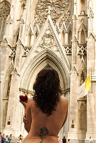 Topless em Nova Iorque 1 por Jordan Matter