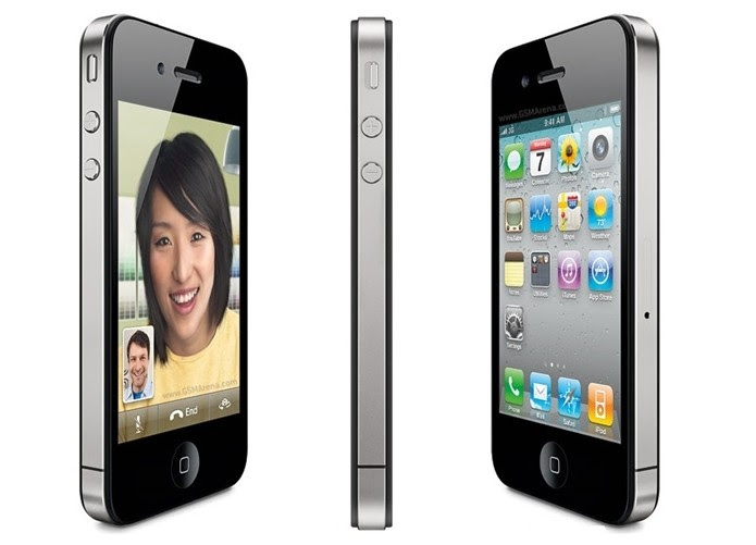 iPhone 4 adotou aço nas laterais e câmera frontal (Foto: Divulgação/Apple)