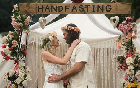 The Art of Handfasting   The Celebrant Directory