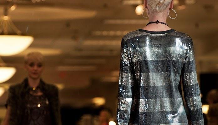 Anemoni  Πως να φορέσετε παγιέτες  Εντυπωσιακοί συνδυασμοί με φούστα ... 29a8f165709