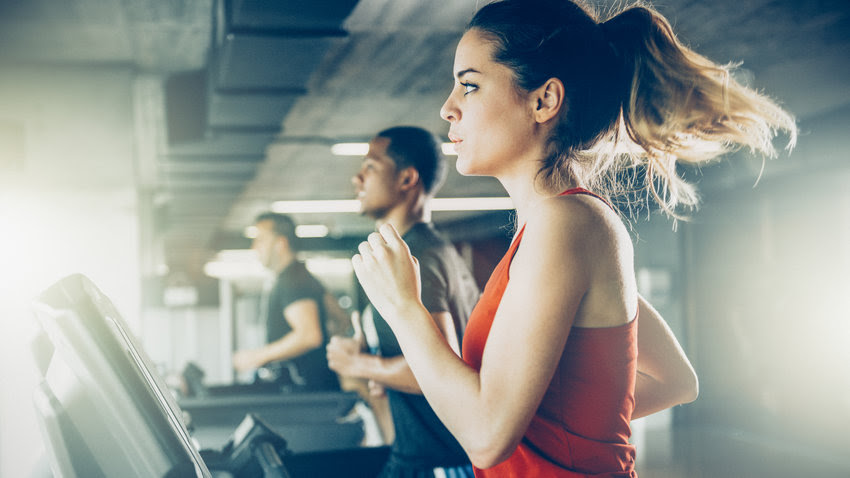 What's the Best Exercise to Lose Weight: Cardio or Lifting Weights?
