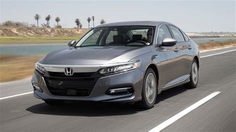 honda accord hybrid  test high expectations