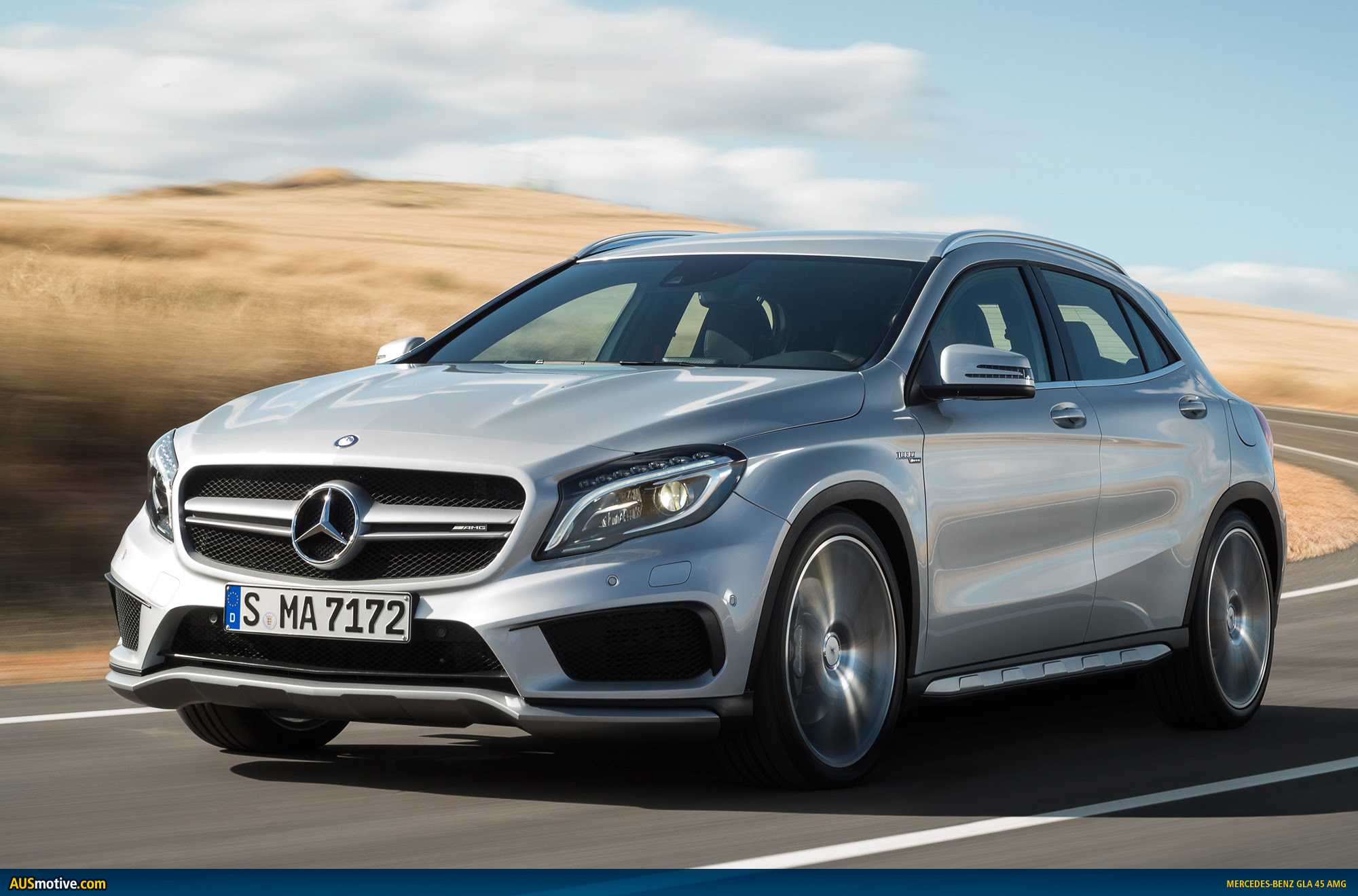 AUSmotive.com » Mercedes-Benz GLA 45 AMG revealed