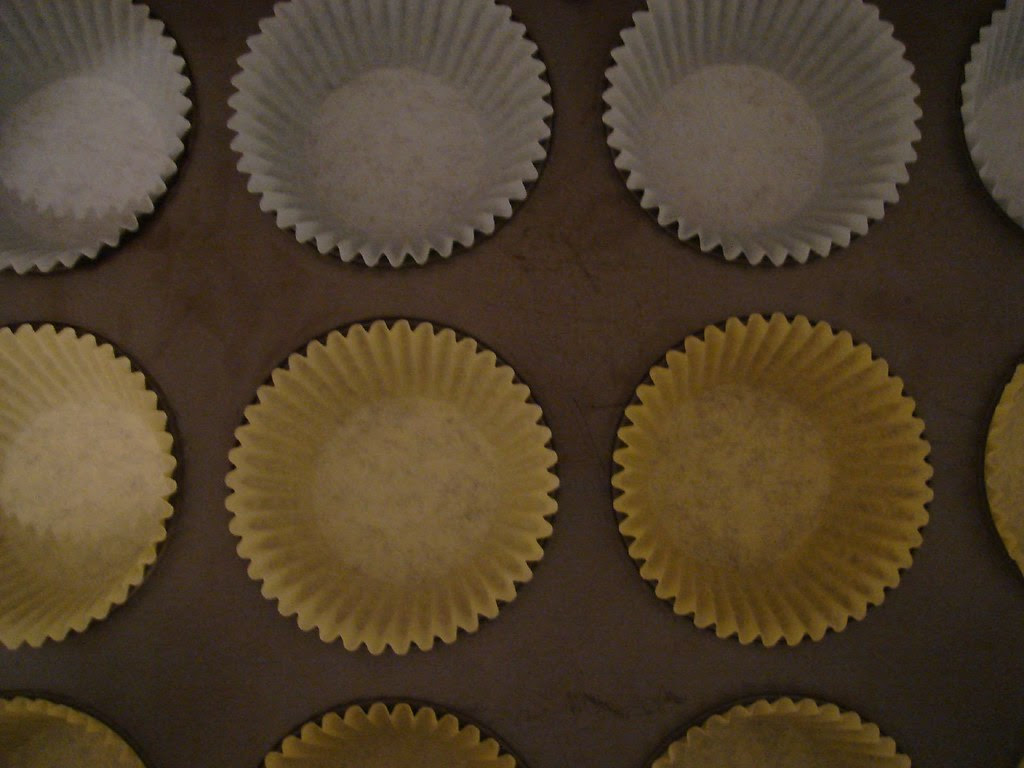 i color coded the cupcake papers