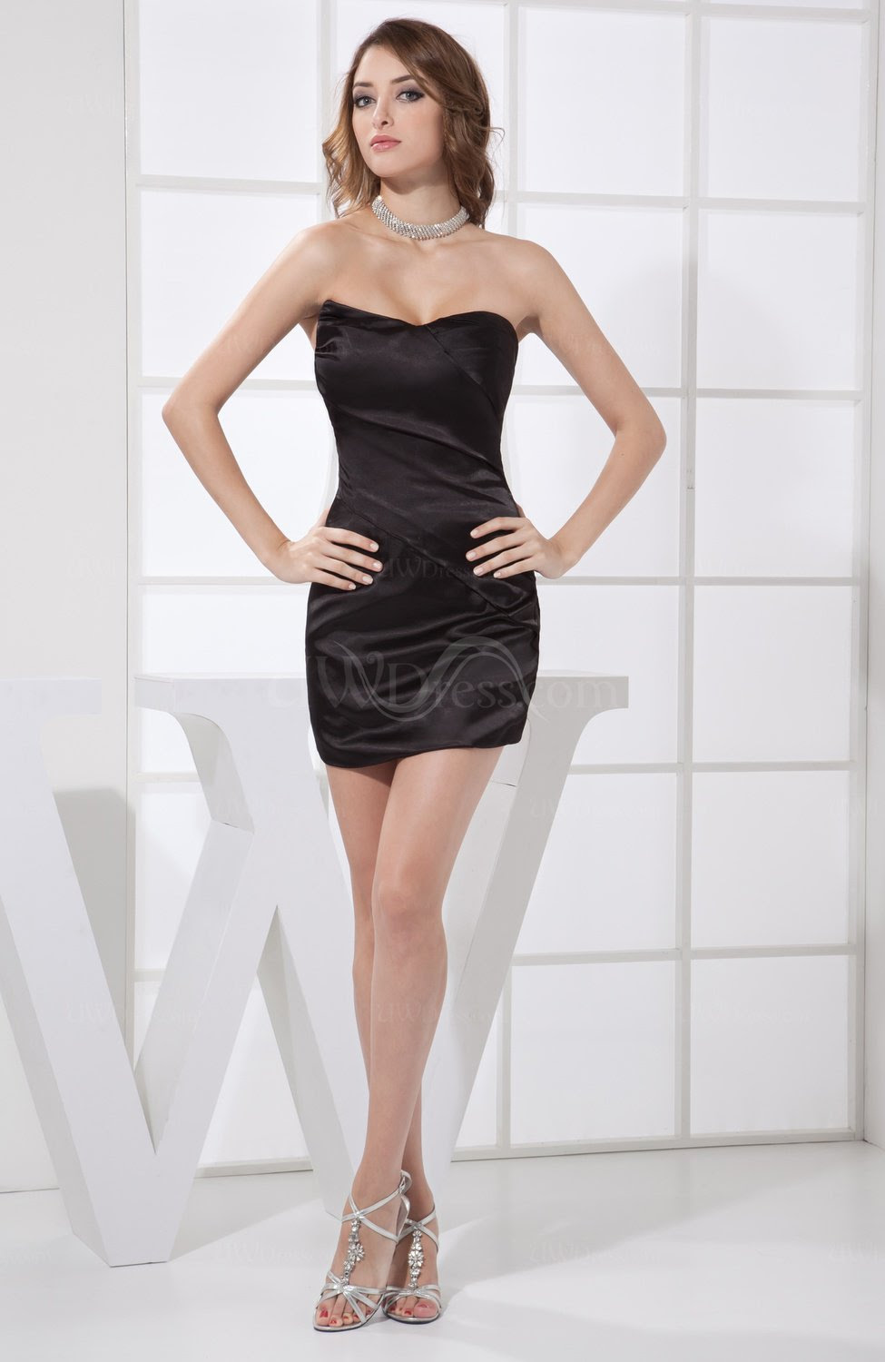 black plain column sweetheart backless elastic woven satin
