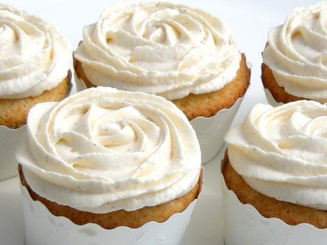 Cupcakes alla Vaniglia - Ricetta Americana